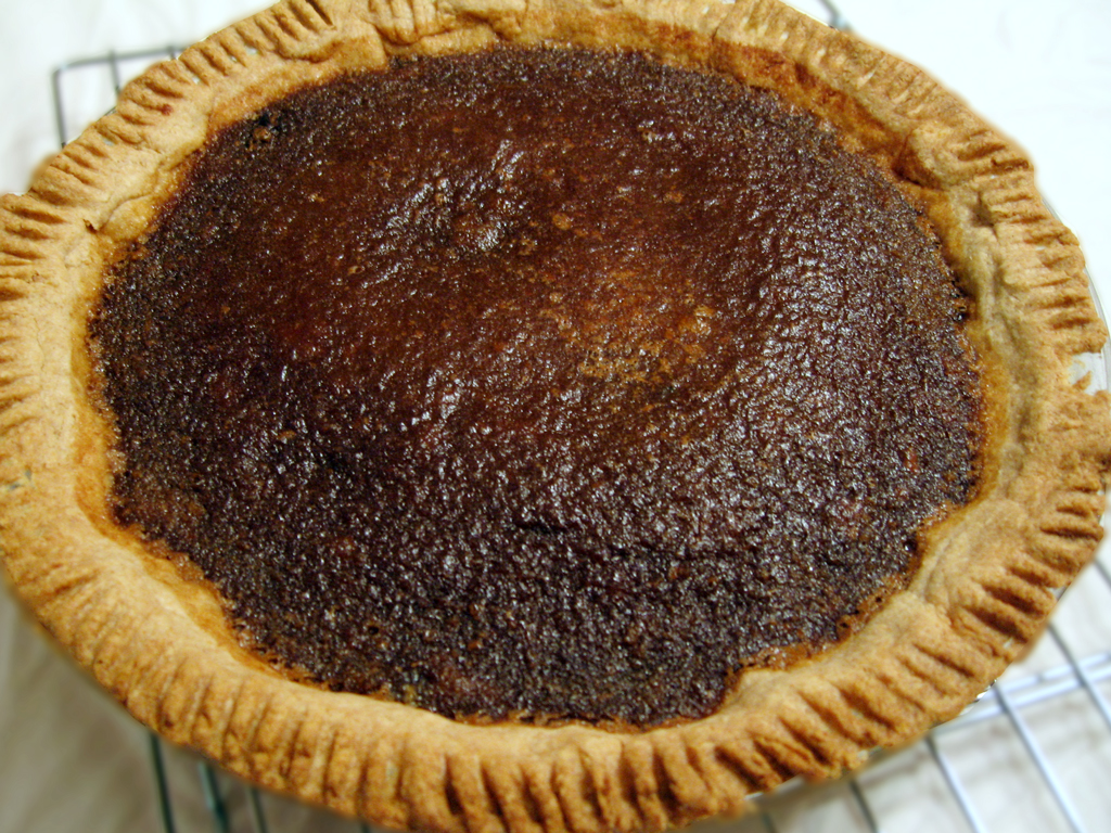 Maple Pie Recipe (with Navy Beans) and How to Make Maple Syrup
